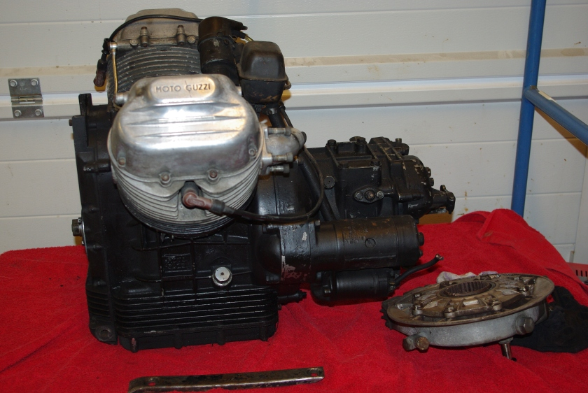Motor og kardangklokke