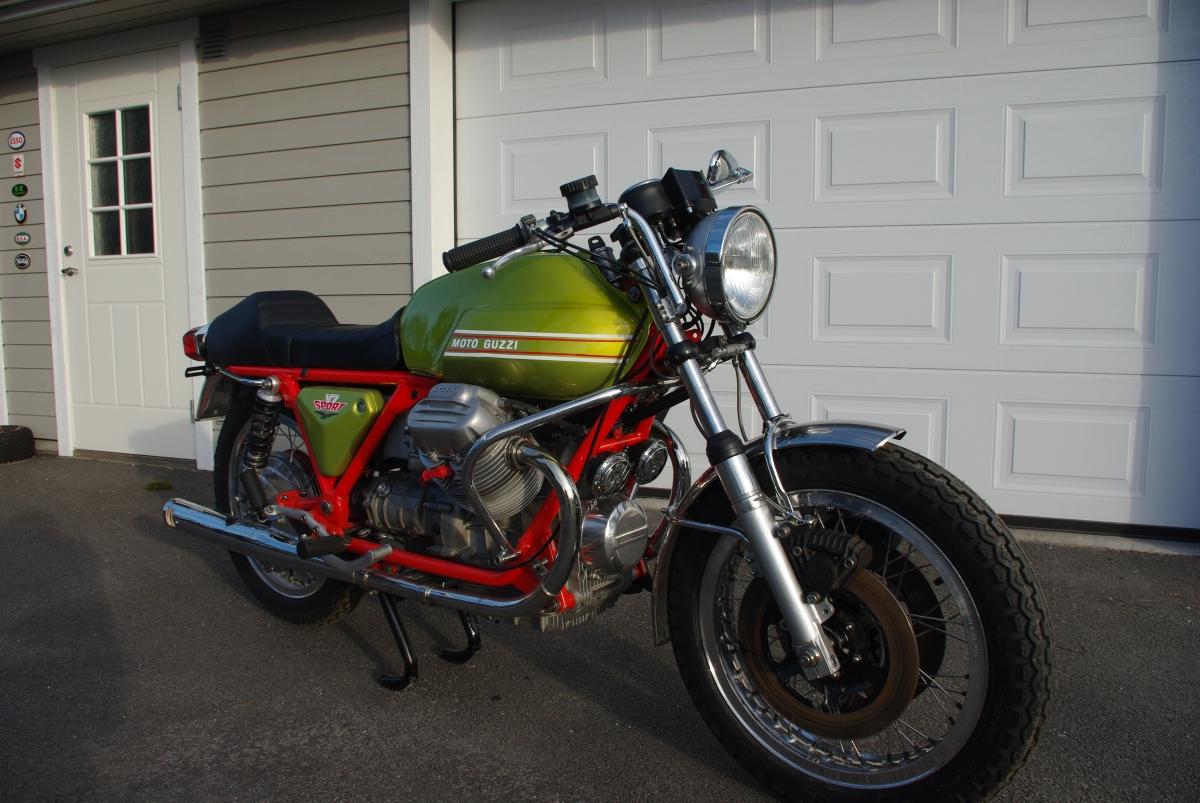 Nyrestaurert Moto Guzzi V7 Sport påVassøy